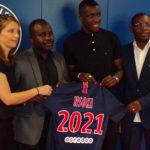 Stanley NSOKI signe son premier contrat Professionnel au PSG !